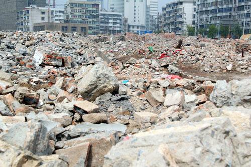 建筑垃圾管理和再利用面临难题